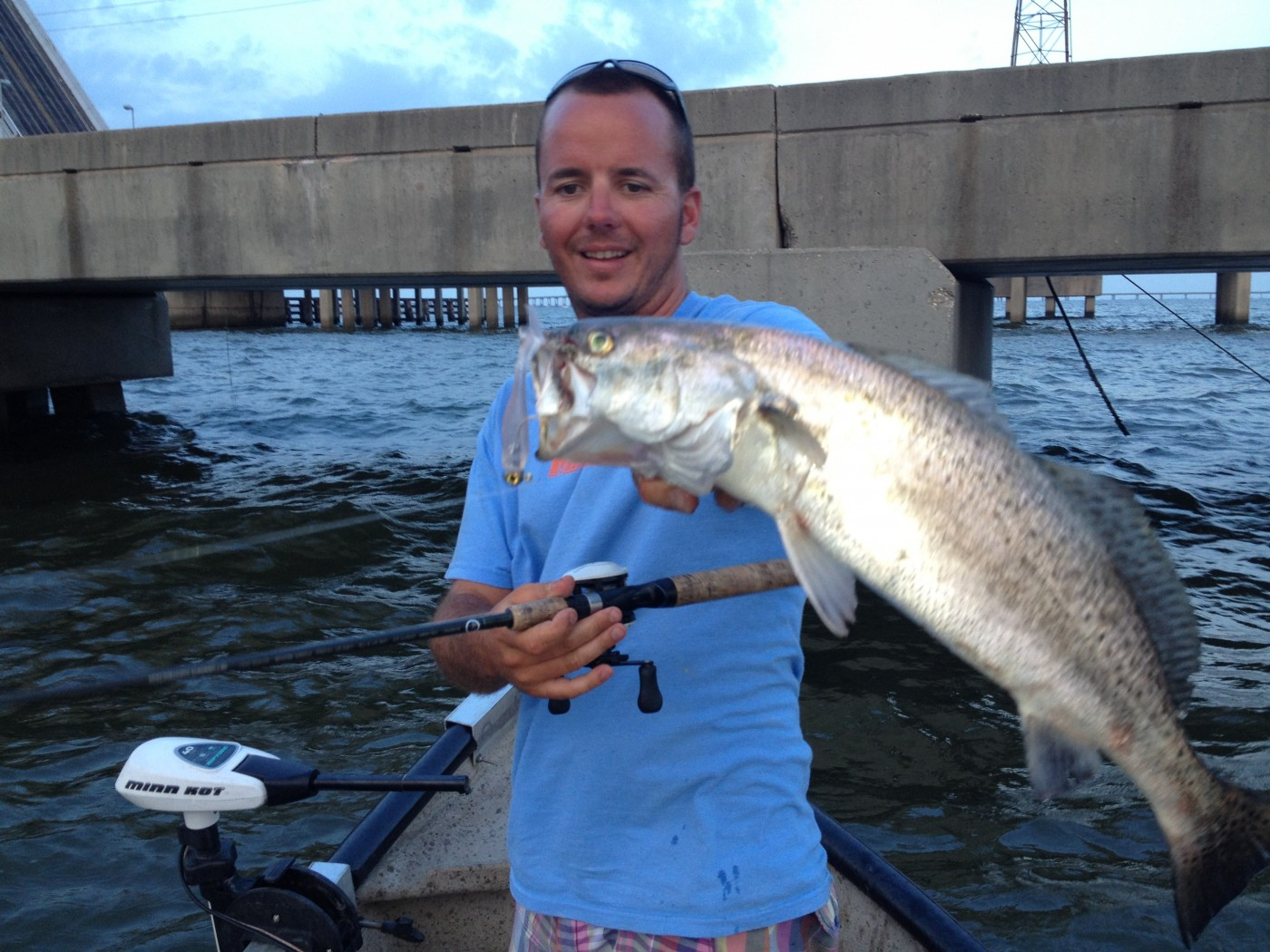 Speckled trout finding lake pontchartrain bridges during for Fishing lake pontchartrain